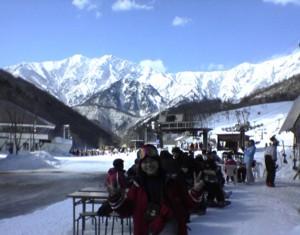 鹿島槍スキー場から見る北アルプス山脈