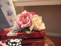 ショーウィンドウのバラ
