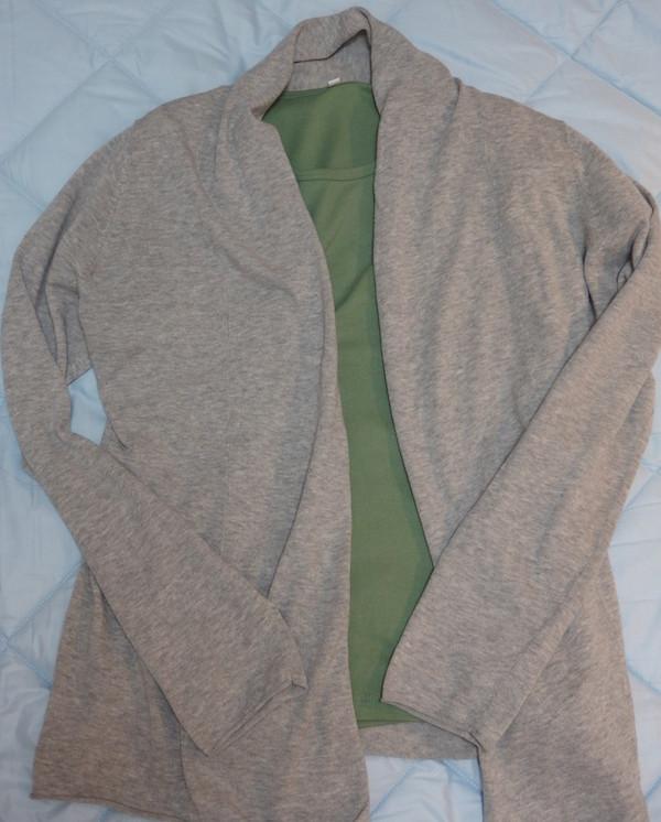 無印良品オーガニックコットンストレッチクルーネックTシャツ&UVカットストールカーディガン