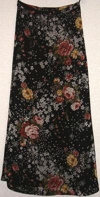オリエンタルブーケプリントAラインスカート(黒)