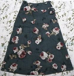 バラプリントスカート